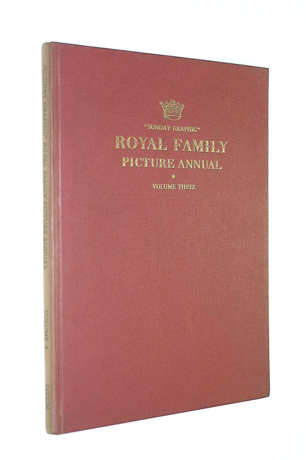 Image for Sunday Graphic Royal Family Picture Annual Volume Three